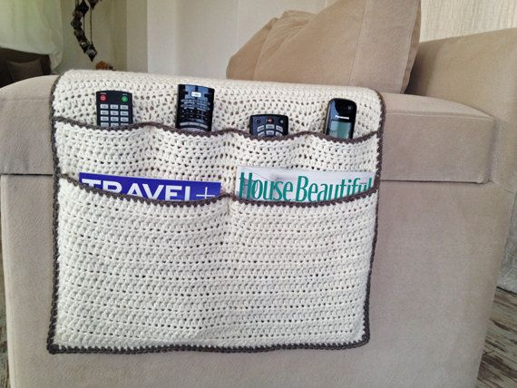 Knitting Pattern Remote Control Holder : 17 Best images about Haken armleuning on Pinterest TVs, Cushion covers and ...