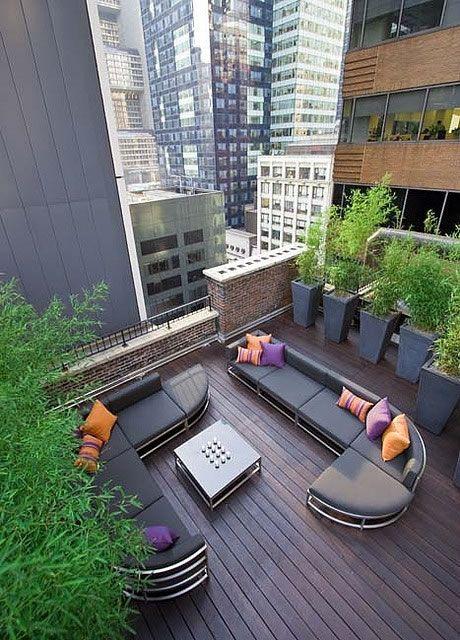 C mo decorar y aprovechar tu terraza rooftop patios and - Como decorar tu patio ...