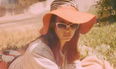 Drowned World: Lana Del Rey lanza 'Music To Watch Boys To' + Samp...