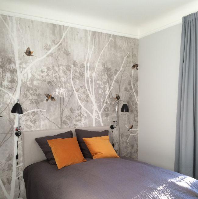 Så morsomt å få vise bilde fra et prosjekt hvor kunde benyttet denne fine tapeten fra Scandinavian Surface på soverommet :)