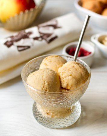 Мороженое из хурмы с кардамоном и медом