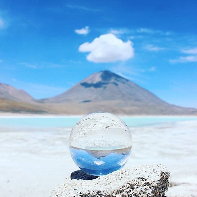 Bolivian Salt Flats and a crystal ball... we hope it's telling us to travel there!  @experiencebolivia @explorebolivia @bolivia #salardeuyuni #bolivia #saltflats #boliviansaltflats #southamerica #travel #instatravel #travelgram #tourism #instago #passportready #travelblogger #wanderlust #ilovetravel #writetotravel #instatravelling #instavacation #travelblogger