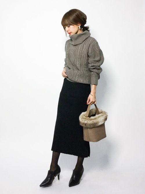 coenのニット・セーター「オーバーサイズケーブルタートルネックニット」を使ったeriko(ZOZOTOWN)のコーディネートです。WEARはモデル・俳優・ショップスタッフなどの着こなしをチェックできるファッションコーディネートサイトです。