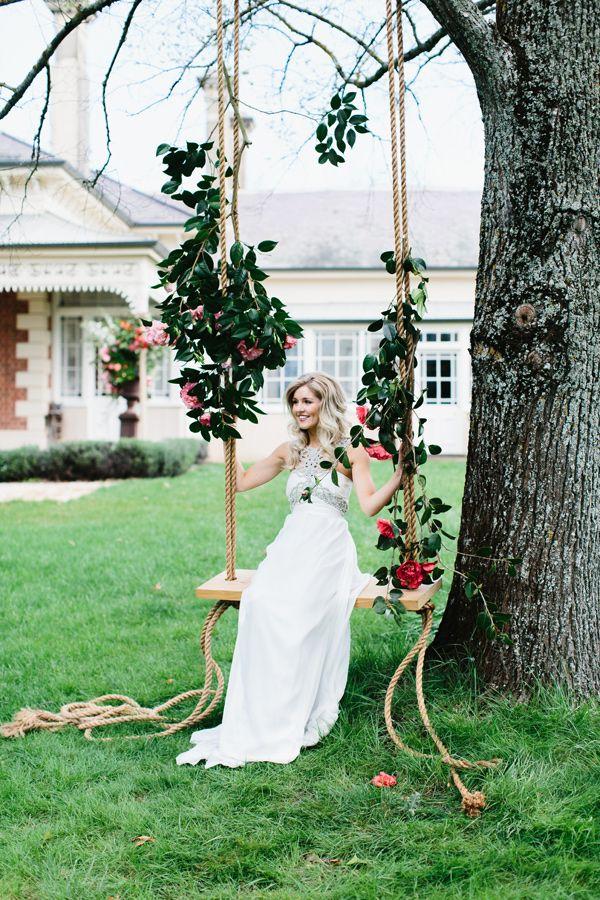 Anna Campbell/ Erin + Tara Photography / Ruffled Blog / The Babushka Ballerina Creative