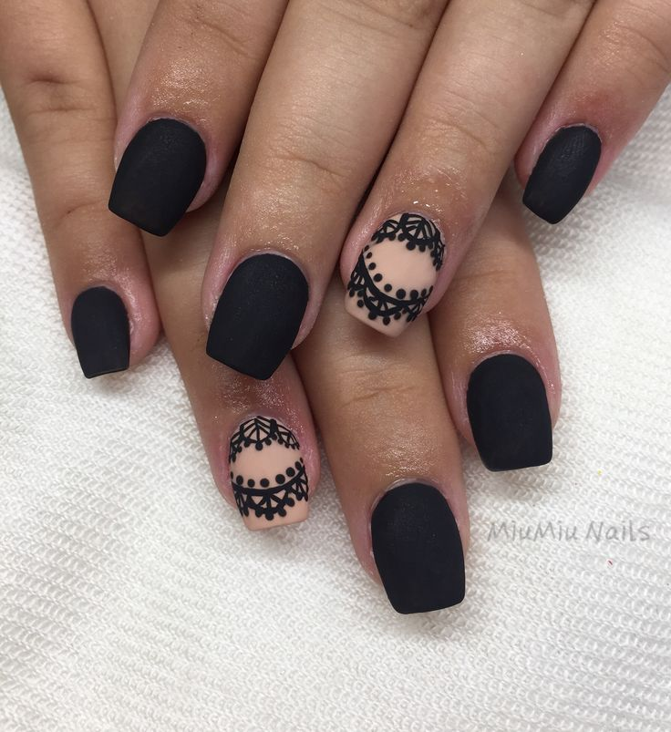 Black and nude gelnails with handpainted lace motive