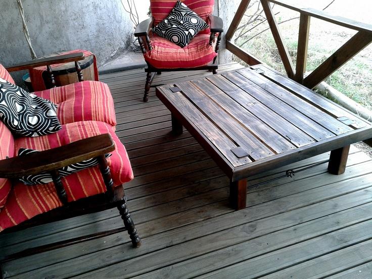 Mesa ratona rustica, madera y hierro
