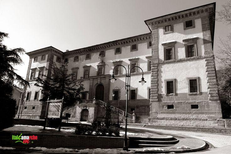 TOURISM in The Marches Region – ITALY - CARPEGNA - Palazzo Carpegna - © Copyright Photo Piero Evandri - www.italiamarche.com
