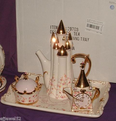 Disney cinderella royal dreams castle teapot cookie tray Cinderella afternoon tea