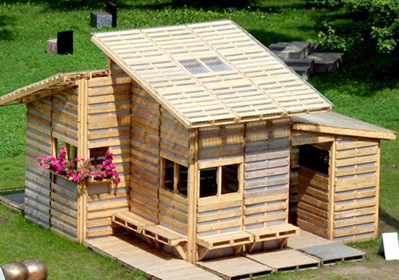 Képeken a 140 ezer forintos ház! Hihetetlen, de raklapokból készítették el | femina.hu