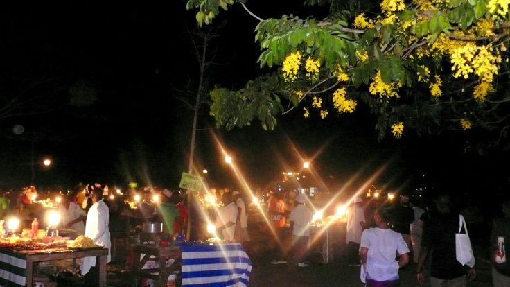 While volunteering Stone Town fresh Food Market is experience. http://bit.ly/Zanzibarvolunteer?utm_content=bufferd3339&utm_medium=social&utm_source=pinterest.com&utm_campaign=buffer