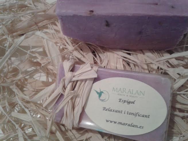 Jabón artesano y natural 100% Lavanda Muy relajante. Tonificante. www.maralan.es