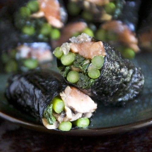 Seaweed Wrapped Seared Salmon Rolls | Stuffed with asparagus mushrooms ~ 4 Sheets of Nori Seaweed 6-8 oz. Fresh Salmon (a thick center cut) 1 Cup. Asparagus Stalks 2 Cups Sliced Mushrooms 1 Cup Leaf Spinach 2 tsp. Tiger Sauce 1 tsp. Toasted Sesame Oil (or Olive Oil)
