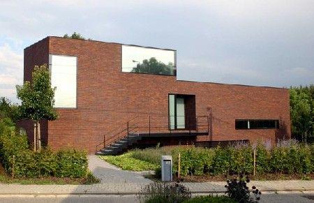 De winnaars van de Schrijnwerk Awards 2010 zijn bekend gemaakt in de gebouwen van Van Hoecke in Sint-Niklaas. DMOA sleepte hierbij 2 prijzen in de wacht. I