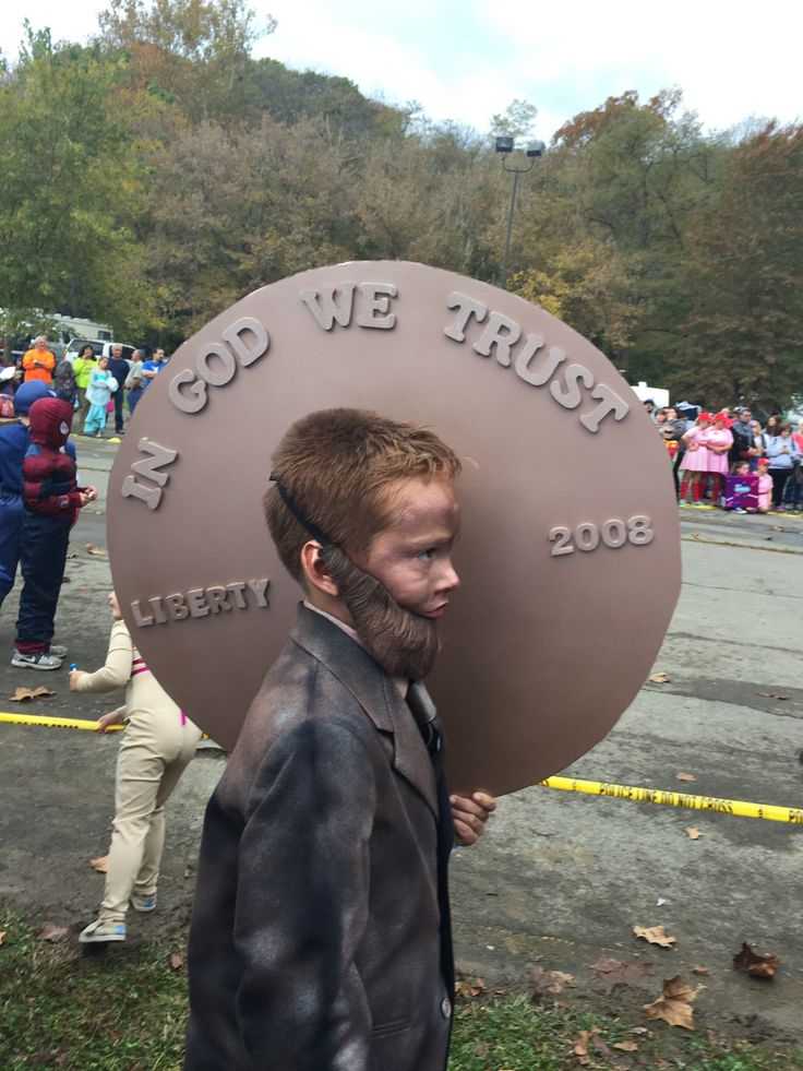 Homemade DIY Halloween costume. Abraham Lincoln on the Penny.