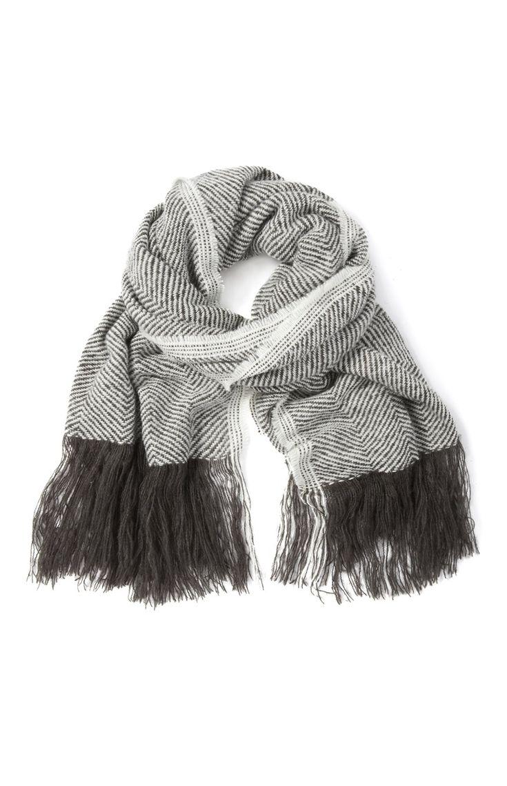 Primark - Grijze sjaal met visgraatmotief