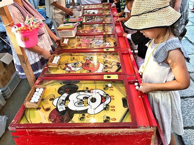 2017.10.08 #うちの子ぶた 今日はだんじり観に鳳に来てます。 -- #大鳥大社 #だんじり祭 #スマートボール #鳳は父の元地元 #だんじり祭りで秋のはじまり #大人も子どもも暴れる日 #祭りはこれから #鳳 #igersjp #instagramersjapan #team_jp_ #team_jp_西