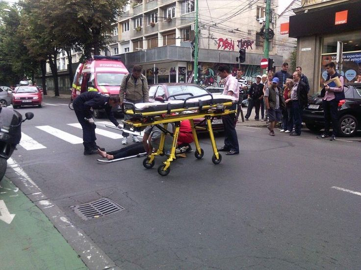 Accident în centrul Timișoarei: femeie lovită de mașină pe trecerea de pietoni