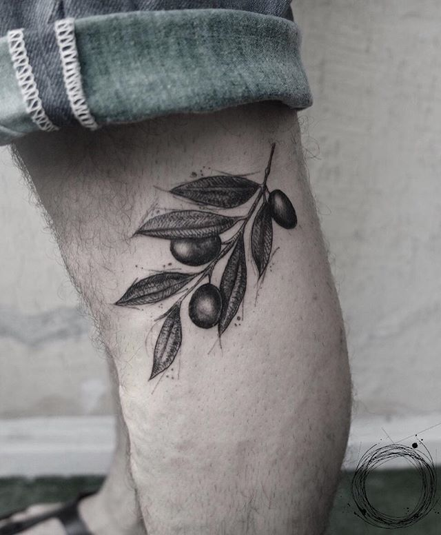 Tattoo by @cansuolga (Olive branch tattoo)