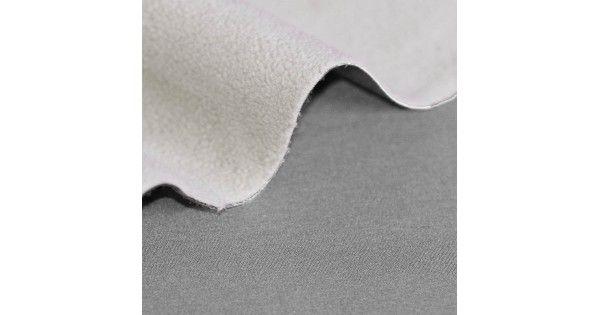 Qualité: Polyéthylène Largeur: 145 cm Poids: 280 grammes/m2Code produit: 533809