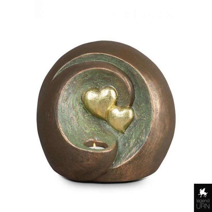 Ceramic art urn 'Connected For Eternity' legendURN