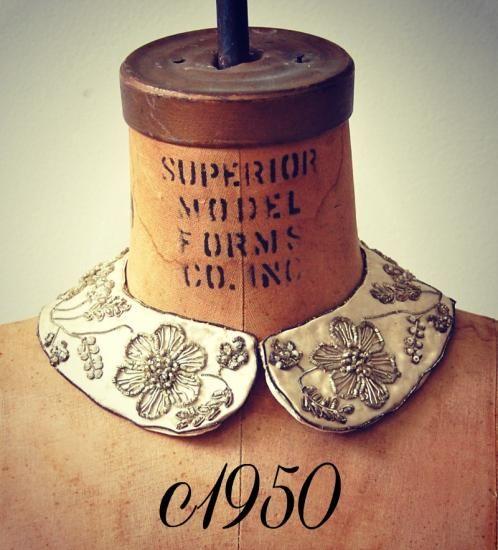1950年代 ビーズ&メタリック刺繍が美しいヴィンテージ付け襟 - Antique Vintage Jewelry.com fromUK