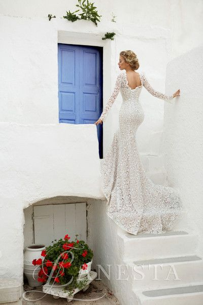 From the Italian Bridal Collection Optional - Buttons or Lacing