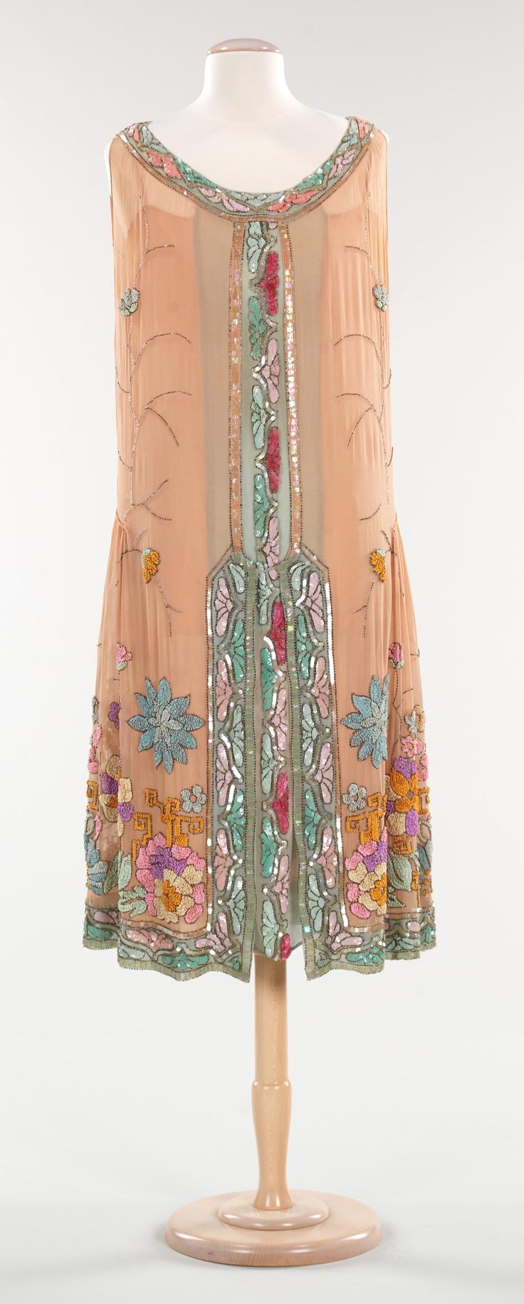 1925 silk evening dress, French.