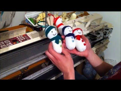 How to make a Snowman Christmas Decoration (Machine Knitting) - YouTube