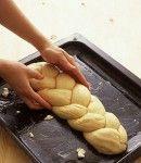 Come fare le trecce a 3 o 4 fili, di pane o pasta lievitata