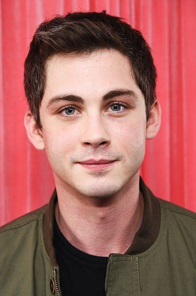Logan Lerman Updates (@LermanUpdate) | Twitter