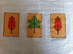 Alfombra para baño con diseño de hojas.  *Medida: 40 x 60 cm.    *Facil limpieza.    *No se deforma.    *Maxima calidad, 100% algodon.  Más info en http://www.entucasamecole.com