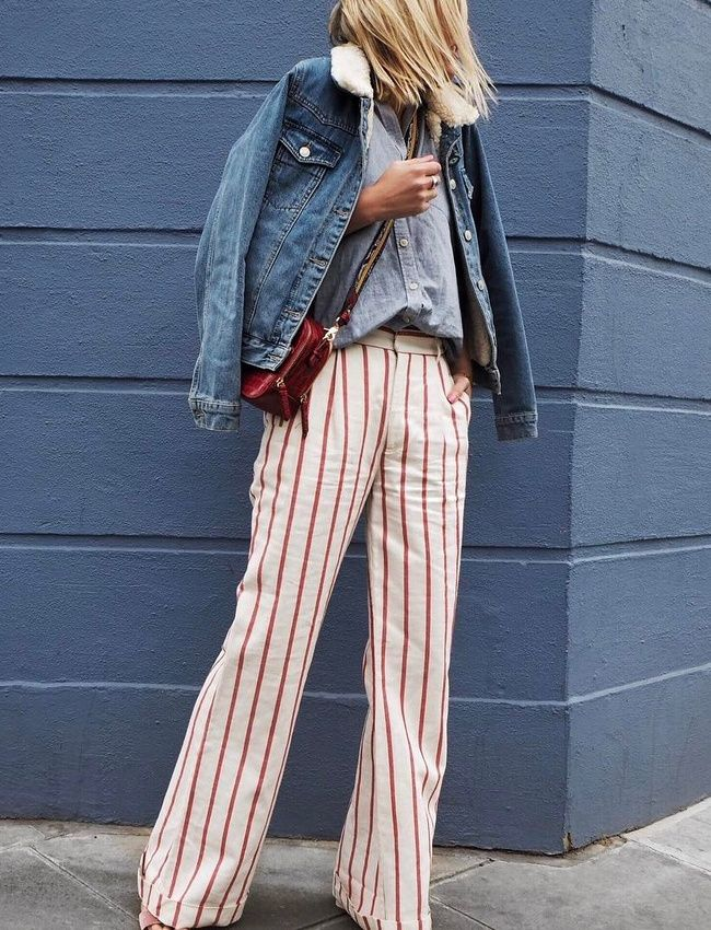 Pantalon flare rayé + chemise en jean = le bon mix (pantalon King and Tuckfield - photo Alex Stedman)
