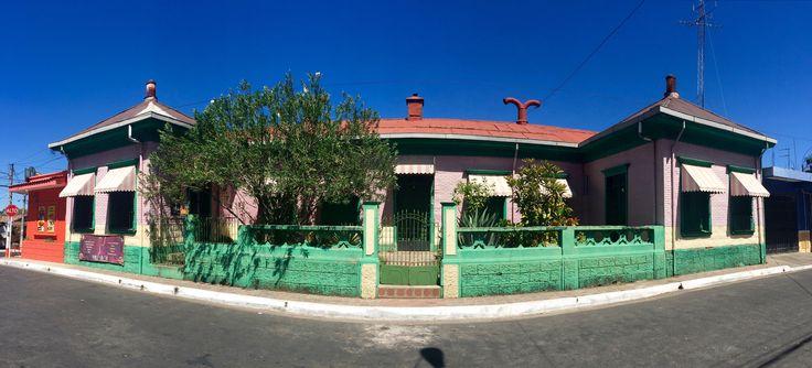 Casa de lamina troquelada #Chinameca #ElSalvador | SUCHITOTO.TOURS@gmail.com