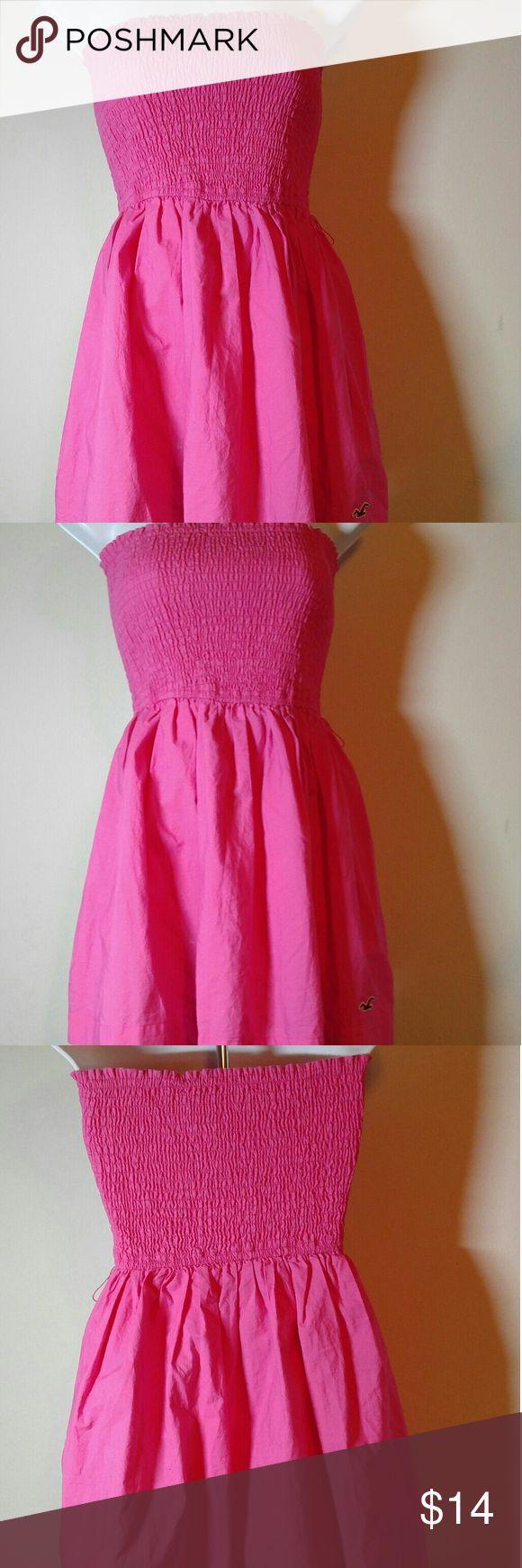 Hollister Strapless Summer Dress Sz Medium Hollister Dress -23 inches in length from the bust line to Hem-Like New! Hollister Dresses