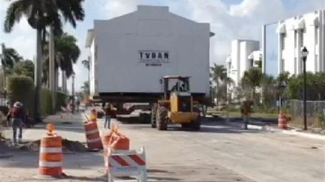 Florida synagogue hit the road in February 2012!  Video: http://www.wpbf.com/Palm-Beach-County-s-Oldest-Synagogue-Moves/-/8789538/9255246/-/kafag8z/-/index.html  Article: http://articles.sun-sentinel.com/2012-02-29/news/fl-temple-beth-israel-moves-story-20120227_1_oldest-synagogue-conservative-congregation-historic-landmark: The Roads, Moving Building, Palm Beach, Palms Beaches, Synagogu Hit, Florida Synagogu, February 2012