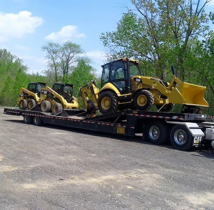 When I worked for a Cat dealer! #caterpiller #cat #catmachines #skid #skidsteer #backhoe #lowboy #lowbed #heavyequipment #iron #atlanticcity #nj #dovetail #easymoney #construction #manstuff #cool  #instagram #instagood #picoftheday #photooftheday #cattruck #instagood #instawow #love #me