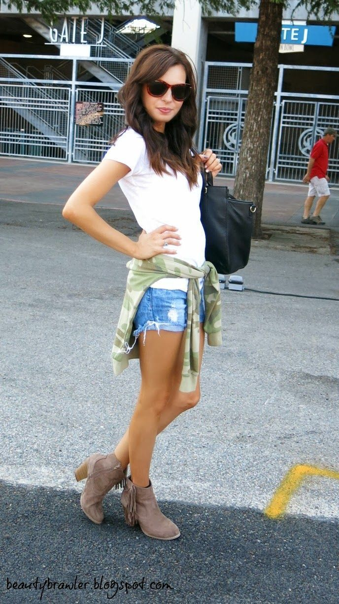 fringe booties - did I pin this already? I love this look. Plain white tee and cut offs.