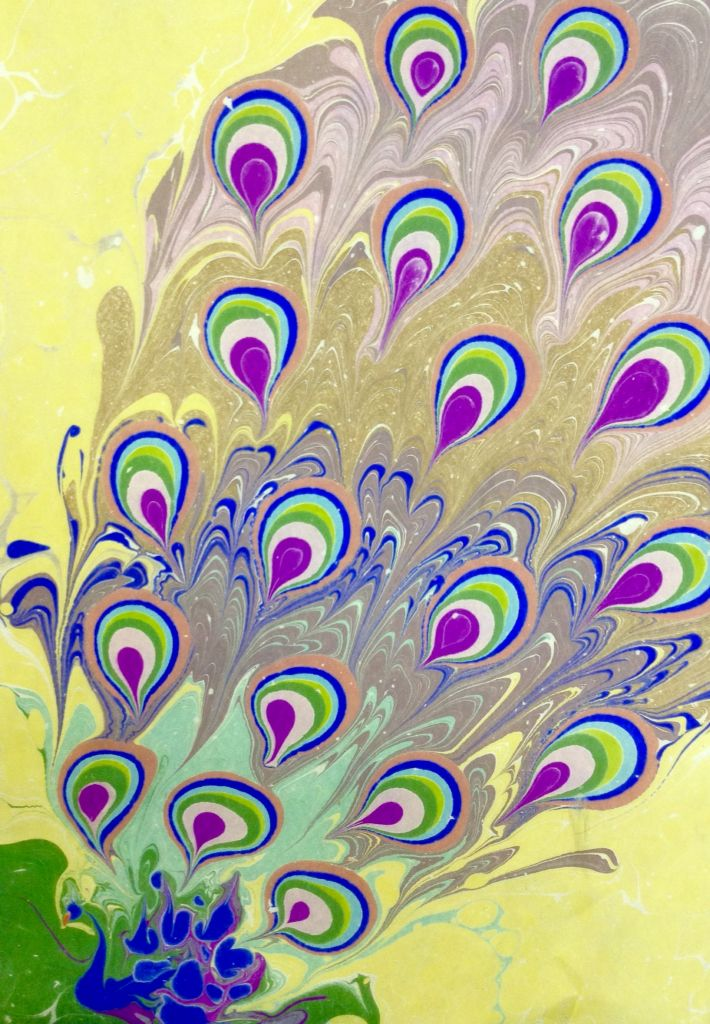 Tavus kuşu ebru sanatı Marbling art Artist Esengül İnalpulat www.artmajeur.com/kirmizi www.facebook.com/ebruisligi