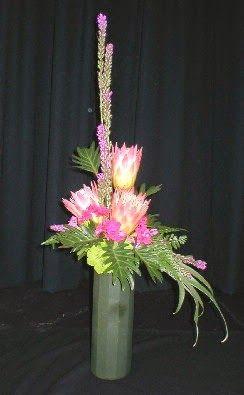 Garden Club Journal New Garden Club Journal    Traditional asymmetrical triangle floral design     flower arrangement  gardenclubjournal.blogspot.com