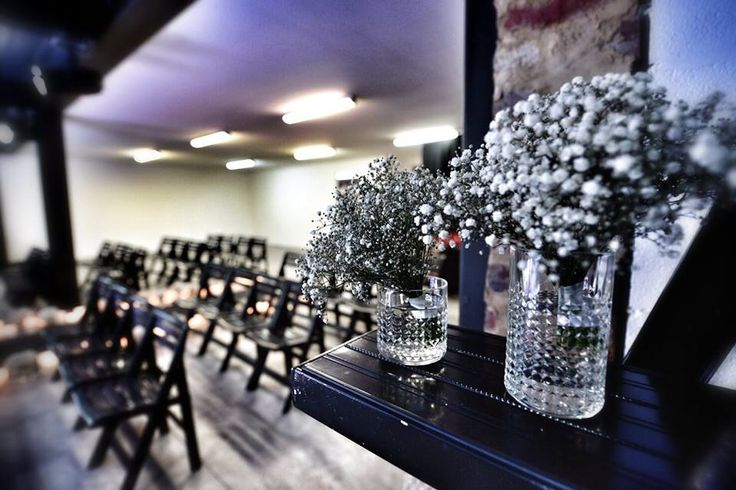 Where the grass is green event design and floral styling