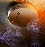 Les D.A.A.F. sont vos amis pour la vie ! http://www.batilogis.fr/dossiers/installation-detecteur-de-fumee_10.html