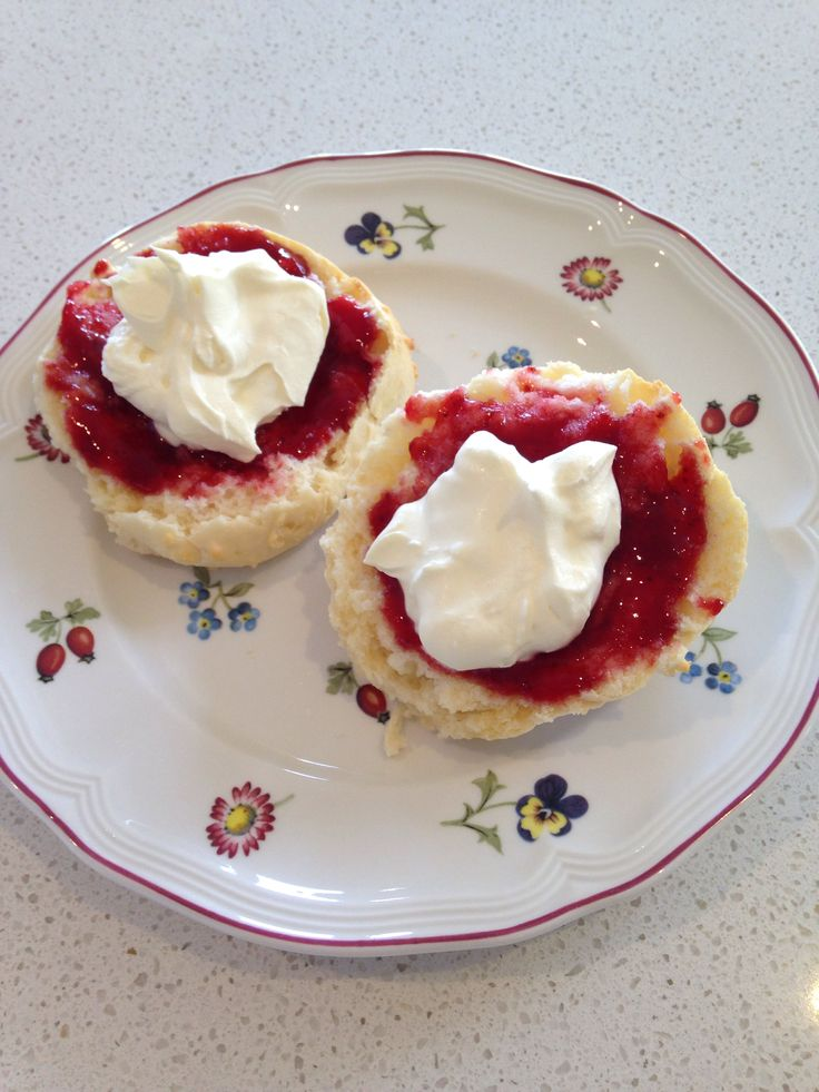Thermomix buttermilk scones, strawberry jam and whipped cream from EDC