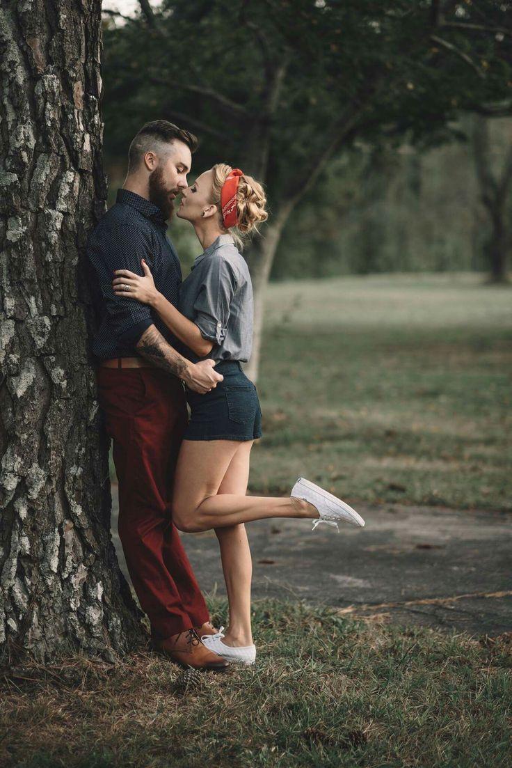 Vintage engagement pictures