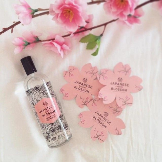 Gently scent your skin with the sweet, floral fragrance of the Japanese Cherry Blossom Fragrance Mist. Cherry blossoms are adored in Japan for their faint scent and fleeting beauty. We hand-pick thousands of them during the spring, cold pressing their fragile petals to extract their pure essence and create this delicate scent.