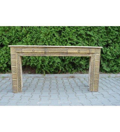 Zgrabna, ładna, zdobiona metalem i kolorowymi farbkami konsola: http://bit.ly/2d0NyQ6 :) Ma dwie praktyczne szufladki. :) Wymiary: 148 x 39 x 76