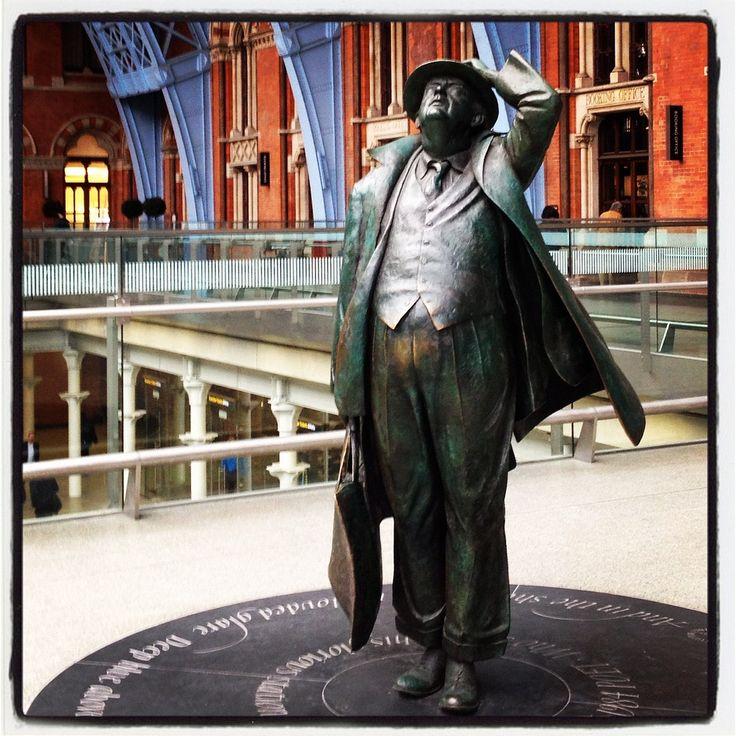 Statue of Sir John Betjeman who save St Pancras Station from closure.  Sculptor:  Martin Jennings.