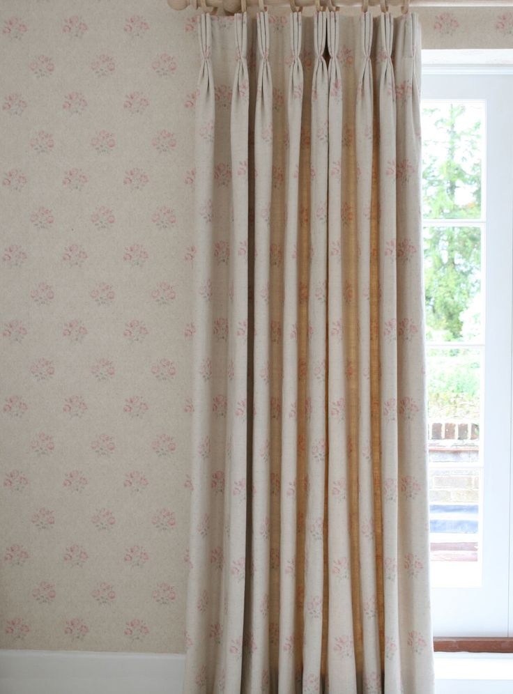 For a timeless traditional look, match curtains and wallpaper as we have with Kitty. It just flows beautifully in a traditional home.