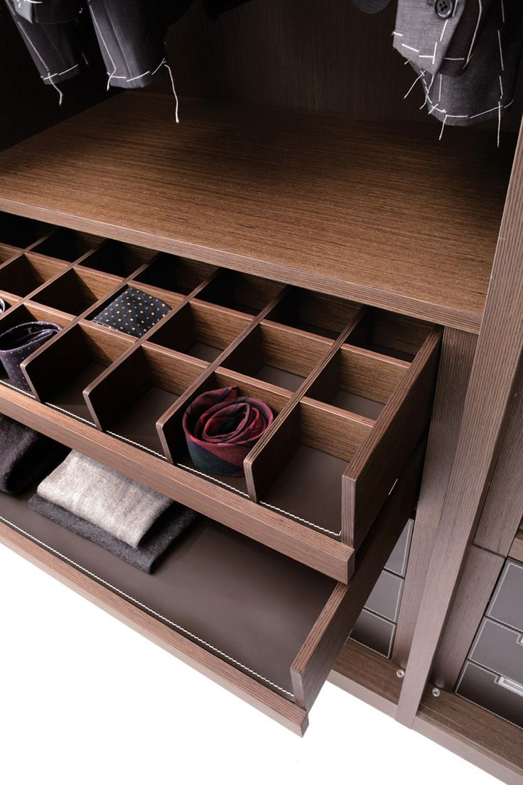 #walkincloset #drawers #tie #elegant #design #emmebidesign #emmebi #madeinitaly