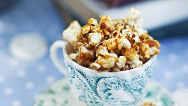 salty caramel popcorn...yyyuuuummmm...cute served in the tea cup ...