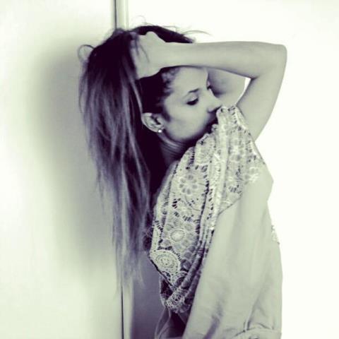 #martinacancellotti wearing #OREGON #sweater #lace #oversize #outfit #summer #blogger #fashionblogger #glamourmarmalade #danielacolombo #italy